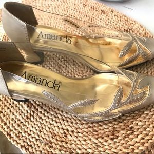 Champagne gold and clear 80's low heeled pumps 7.5